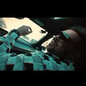 Amir Rob - دانلود آهنگ امیر ربوبی پر حاشیه 2