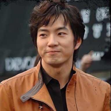 Jomong - دانلود آهنگ های تیتراژ جومونگ