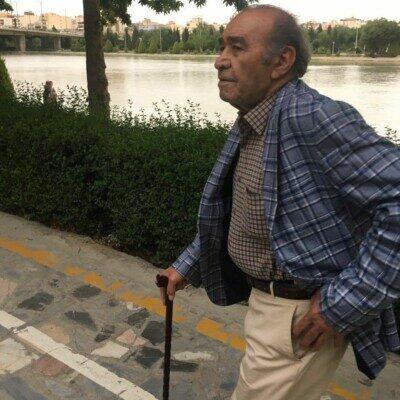 Iraj 1 1 400x400 - دانلود آهنگ ایرج خواجه امیری دوستی