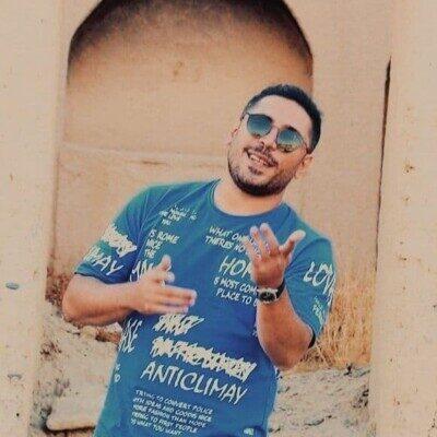 Majid Yahyaei 400x400 - دانلود آهنگ مجید یحیایی بغض