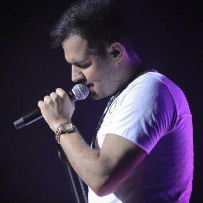 Reza Shiri 1 400x400 - دانلود آهنگ موی مشکیتو میبندی هنوز از بالا