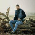 Farhad Jahangiri 120x120 - دانلود آهنگ اصلی افغانی به شهر غربت آواره شدم
