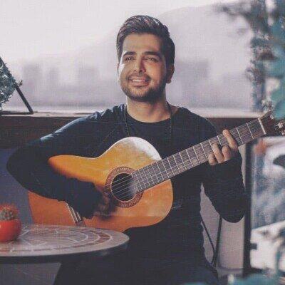 Farzad Farokh 400x400 - دانلود آهنگ فرزاد فرخ گلای توی باغچه هرروز بهانه دارن