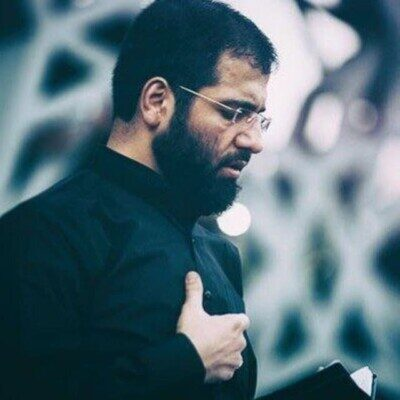 Hossein 400x400 - حاج حسین سیب سرخی