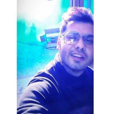 Yousef Zamani 2 400x400 - دانلود آهنگ یوسف زمانی مثل پروانه