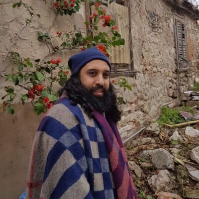 Roozbeh Nematollahi - دانلود آهنگ روزبه نعمت الهی زخمی از عشق